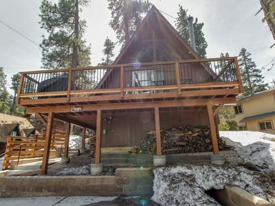 Photo for Cozy cabin close to Fisher Cove & Boulder Bay - short drive to ski!