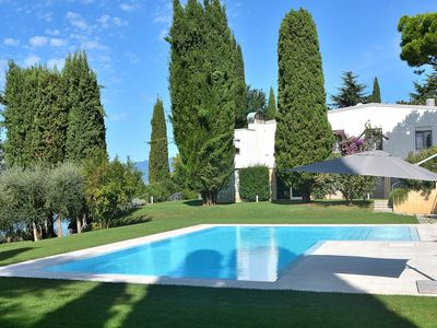 Photo for Villa Giardino degli Ulivi With Pool - Villa for 10 people in Bardolino