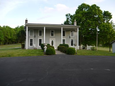 Photo for Relax and enjoy the country air at Southern Charm. Water access available.