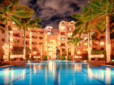 Photo for Pueblo Bonito Rose Resort living on the beach w/ocean views, gorgeous pools,bars