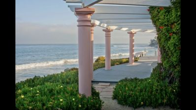 Photo for Luxurious Oceanfront Malibu Condo