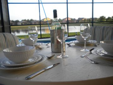 South Facing Private Pool & Spa, Minutes from Disney, Golf Courses & Recreation