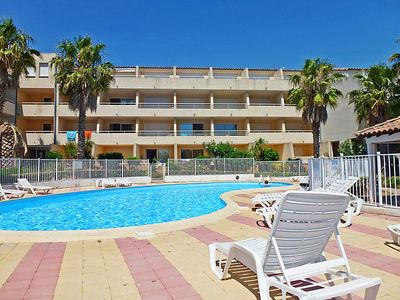 Photo for One bedroom Apartment, sleeps 6 in Le Grau-du-Roi with Pool and WiFi