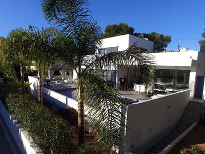 Photo for SOMPTUOUS VILLA sea view and rock calpe close beaches air-conditioned swimming pool