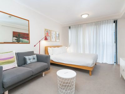 Photo for Amazing Studio with Pool in Central Sydney