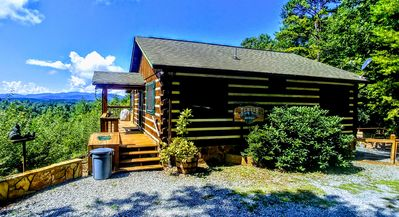 Photo for Mountain Views! Romantic, cozy luxury cabin; Hot tub, wifi, Sat TV, mins from BR