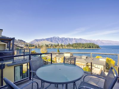 Photo for Downtown on your doorstep | Panoramic mountain and water views