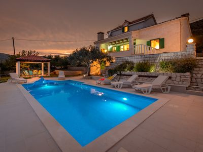 Photo for Beautiful stone villa in quiet neighbourhood - swimming pool - close to Trogir and Split