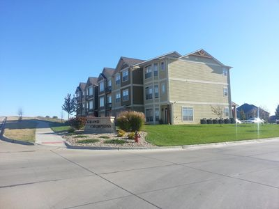Spacious Three Level Townhome in Colbert Hills - Sleeps 10.