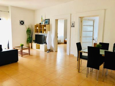 Photo for The best location! Large bright apartment!!!