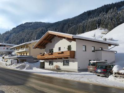 Photo for 2 bedroom Apartment, sleeps 8 in Lanersbach with WiFi