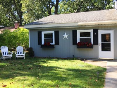 Photo for Adorable & Clean Updated Cottage
