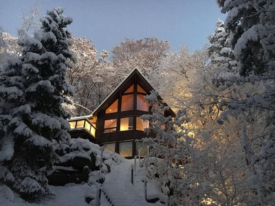 """Photo for """"Chalet TEN"""" an exclusive Horseshoe Valley retreat"""