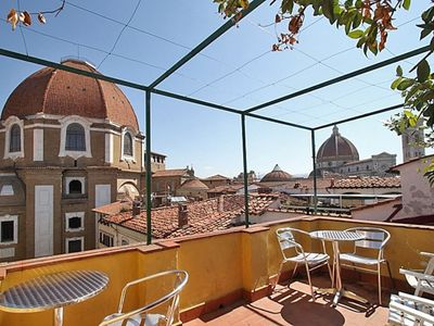 Photo for Apartment in the center of Florence with Lift, Internet, Washing machine, Air conditioning (971316)
