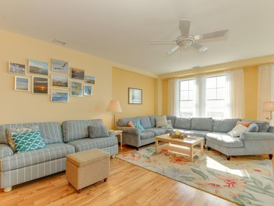 Photo for Bayview Beauty *Beautiful Bay side Condo* Located right on the beach!