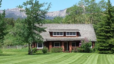Photo for Peace And Serenity With Mountain Views On An Organic Cattle Ranch