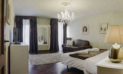 Photo for San Marco Deluxe Canal View Terrace - Apartment for 9 people in Venice