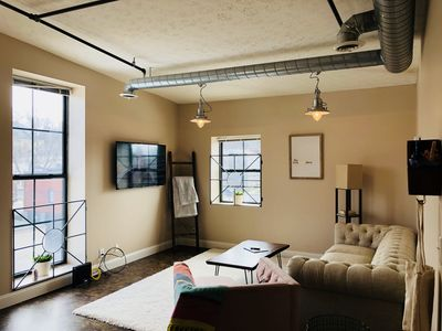 Photo for Bright and cozy condo in the heart of downtown