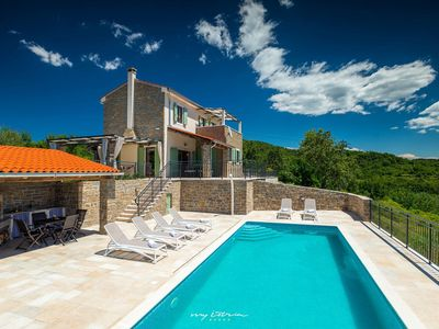 Photo for Beautiful villa with panoramic view near Motovun