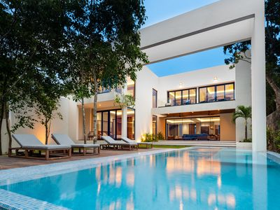 Photo for BRAND NEW Luxury Architectural Lovers Dream Retreat!