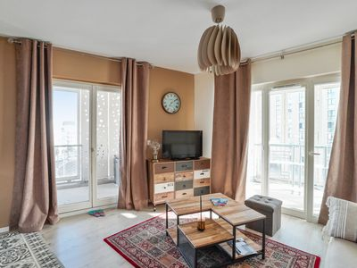 Photo for Cozy 1-bedroom with terrace close to train stations in Bègles – Welkeys