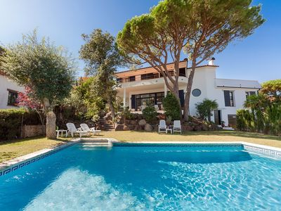 Photo for This 5-bedroom villa for up to 10 guests is located in Sant Antoni De Calonge and has a private swim