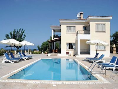 VILLA DEMETRA (4 ensuite bedrooms,  stunning view,BBQ,HighSpeed WI-FI,swim.pool)