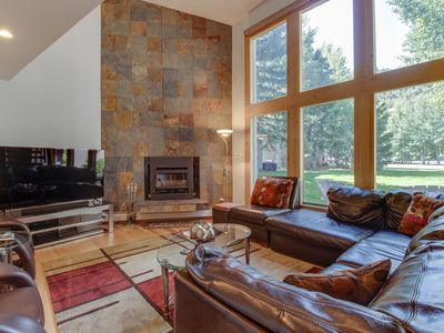 Photo for Stunning modern condo on golf course w/ mountain views - close to Vail