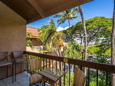 Photo for Walk to everything! 2 BR 2BA. Sleeps 6. We have it all to make your trip awesome