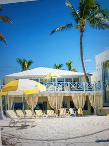 Photo for Spacious beachfront house with huge balcony overlooking Gulf