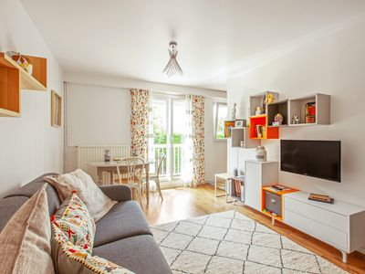 Photo for Charming apartment with balcony at the doors of Paris