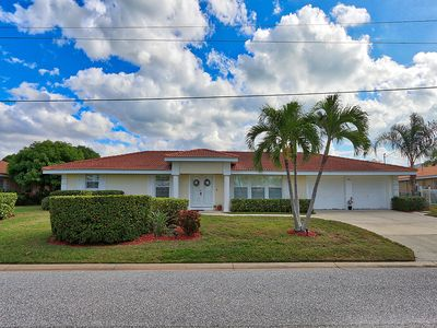 Photo for Bay Haven Home: 3 BR/ 2 BA Home on Longboat Key by RVA, Sleeps 6