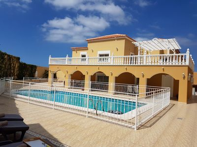 Photo for Villa Roque del Conde 4 with private pool, large terrace, Wifi, BBQ, sea view