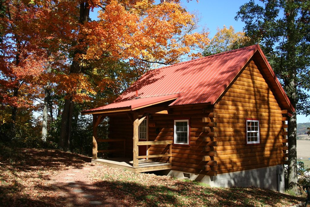 Sweet Heart Log Cabin Hocking Hills, Great Views, Hot Tub, Romantic -  Laurelville