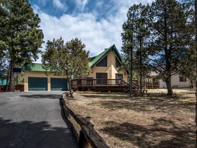 Photo for Cabin near White Mountain w/ WiFi, Fireplace, Grill, Gameroom, LCDTV & Hot Tub