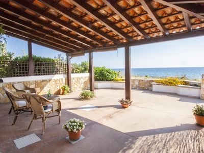 Photo for Villa Frontemare apartment in Capilungo with private parking, private terrace & private garden.