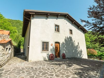 Photo for Charming Farmhouse in Cutigliano with Swimming Pool