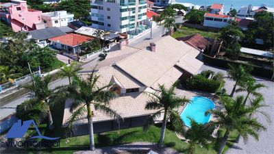 Photo for Bombinhas Vacation Rental with 7 suites, pool, wifi, pool and barbecue