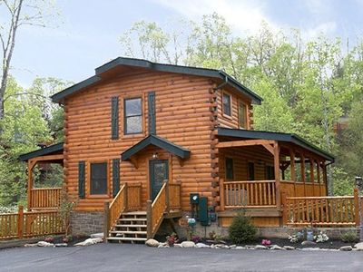 Photo for Save 10% in August! 1/2 mile from Rocky Top Sports World! Great low rates, in luxury resort