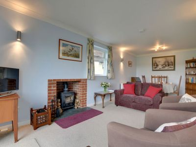 Photo for Vacation home Little Copthall in Tunbridge Wells - 4 persons, 2 bedrooms
