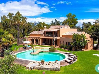 Photo for Amazing LUXURY villa with private pool and jacuzzi at Penina Alvor!!