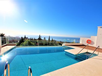 Photo for POOL WITH VIEWS, AC, WIFI AND FREE PARKING. BENALMÁDENA PEOPLE.