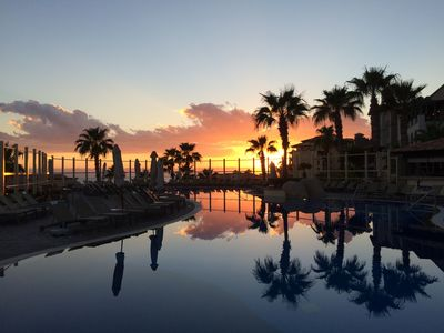 Photo for Enjoy a fun and luxurious vacation in Cabo!