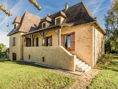 Photo for Beautiful Périgord house with marvellous view of Marquay and beautiful nature