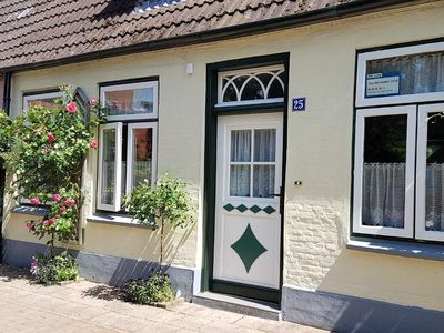 Photo for Holiday house Friedrichstadt for 4 - 5 persons with 3 bedrooms - Holiday house