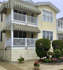 Photo for LOCATION-LOCATION, Immaculate 3 bedroom, 2 bath condo. Walk to beach & 34th St.