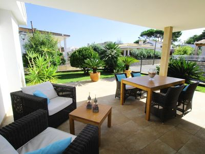 Photo for Aircon, terrace, bbq, private garden for 8 people, 150m from the beach