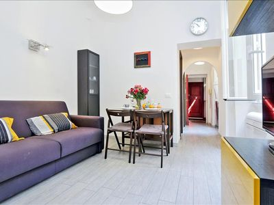 Photo for Modern 1bdr apt close to Vatican