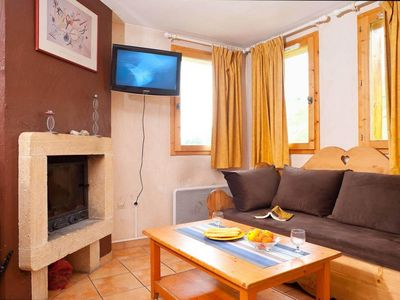 Photo for Chalet, 100m from resort center, terrace, balcony, fireplace or stove, parking, tv, 75-82m²