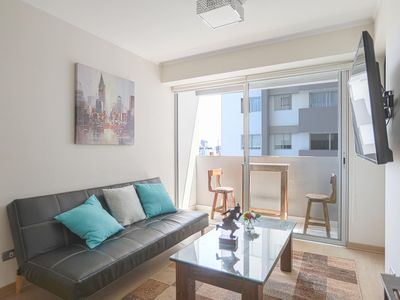 Photo for Radiant apartment with pool and gym